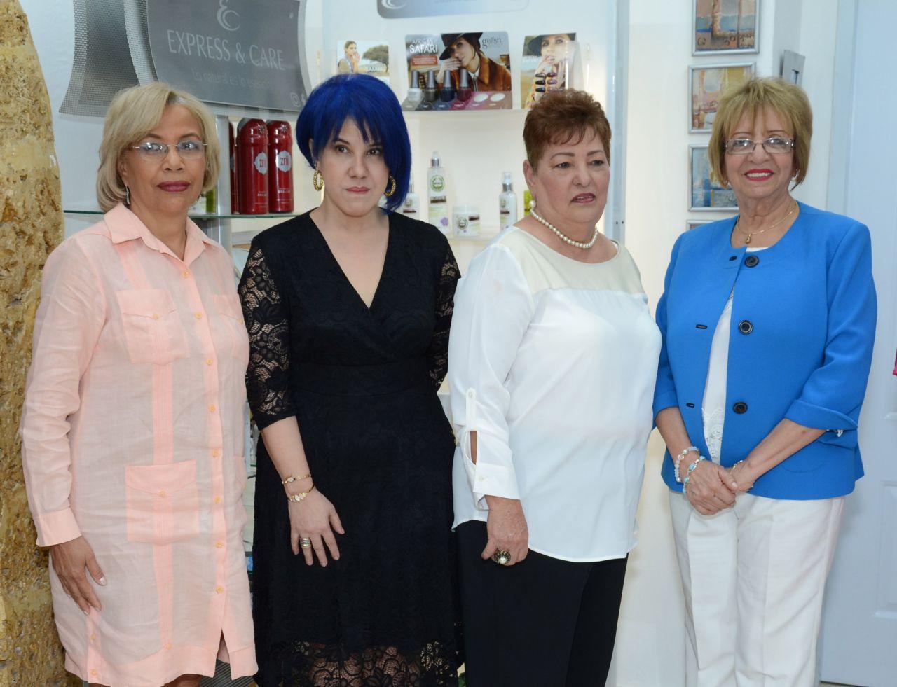 Virtudes Álvarez, María Castillo, Giovanni –Mayo– Sibilia Sánchez y Dinorah Subero Quezada.