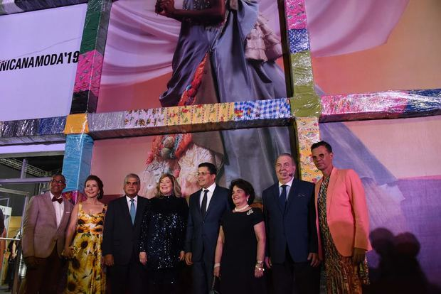 Ministro de Cultura resalta en Dominicana Moda el potencial turístico de Ciudad Colonial