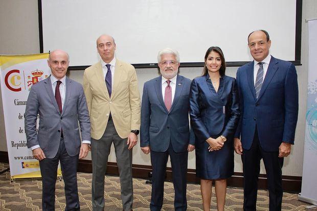 """Un encuentro sobre """"Estrategias en la planificación patrimonial: España- RD"""""""