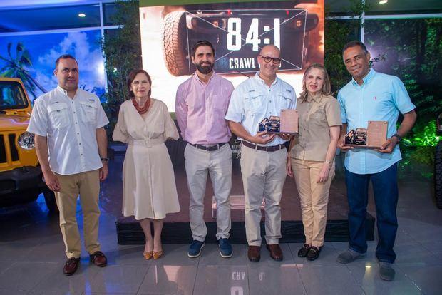 Reid y Compañía celebra 12 años del Jeep Club