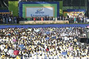 La 5ta graduación nacional del INFOTEP congregó participantes de todas las provincias del país.