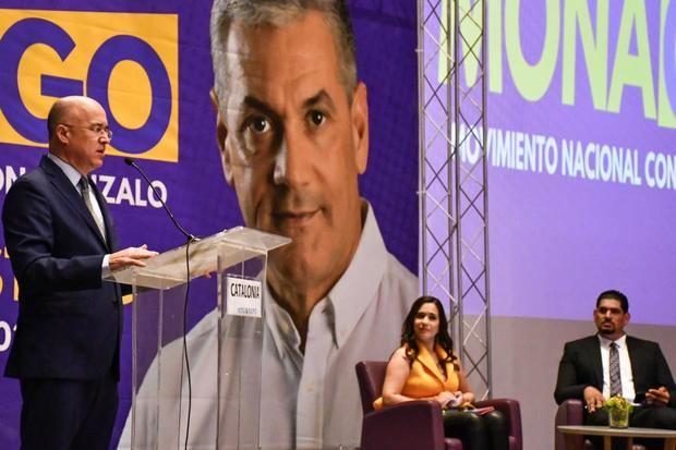 Domínguez Brito pondera cualidades de Gonzalo Castillo para ocupar la presidencia de la República