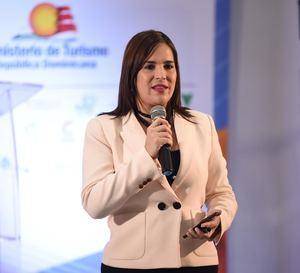 Tamara Vásquez, directora adjunta del CEIRD, durante el taller.