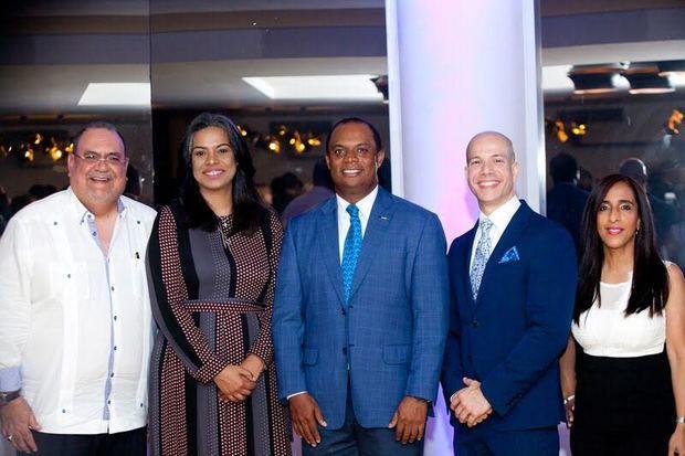 KPMG celebra cóctel por nuevos socios