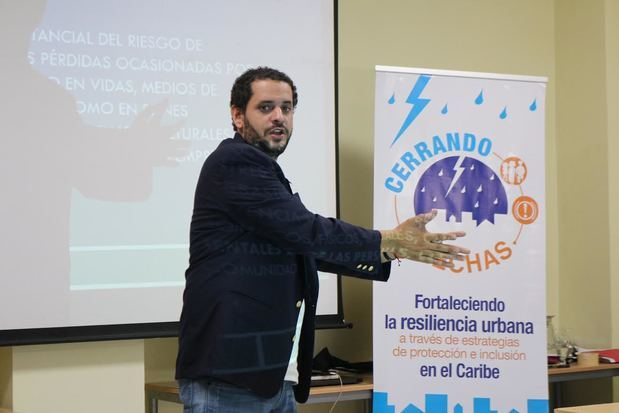 Miguel Alejandro Martínez, Coordinador proyecto 'Cerrando Brechas'.