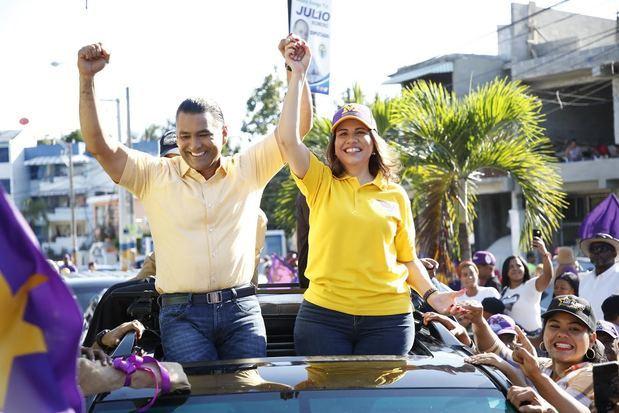 Margarita recorre Santo Domingo Este en apoyo a candidatos del PLD