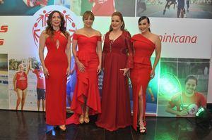 Miralba Ruiz, Milagros Germán, Jatnna Tavárez y Luz García.