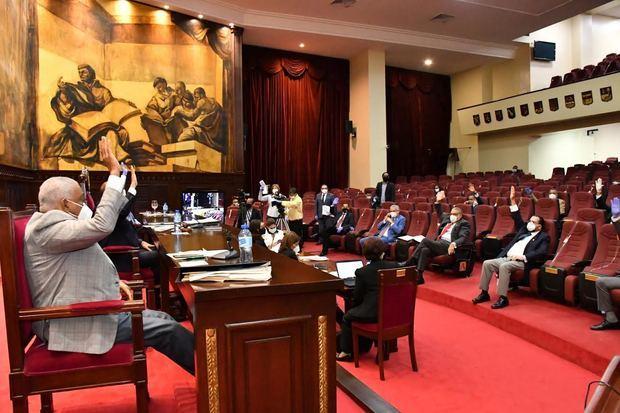 Senado aprueba resolución autoriza al Presidente prorrogar por 25 días más el estado de emergencia