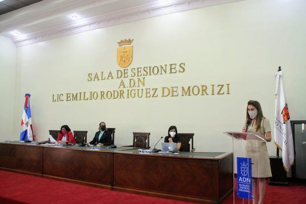 alcaldesa del Distrito Nacional Carolina Mejía rindió el informe ante el Concejo de Regidores.