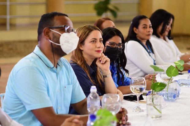 Directora de Supérate anuncia construcción de un Centro de Capacitación Gastronómico en María Trinidad Sánchez