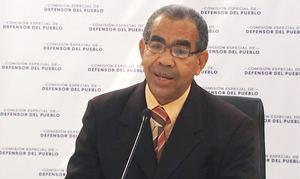 Oscar López Reyes durante su exposición hoy en el Congreso Nacional.