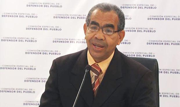 El periodista López Reyes afirma quebranto a leyes es principal mal del país