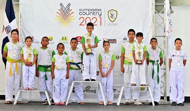 Zona Víctor Estrella gana taekwondo y atletas reciben primeras medallas en las Olimpiadas Country