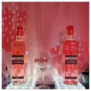 Set de Botellas Beefeater Pink.
