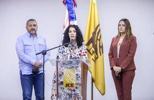 Patricia Lorenzo Paniagua, explicó que en la reunión se abordó sobre el formato en que los partidos deben entregar el listado de sus afiliados.