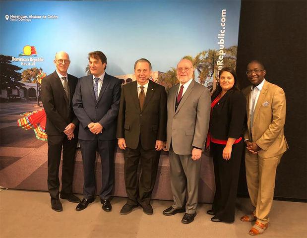Canadá y RD celebran 65 años de relaciones con Muestra del Libro Dominicano en Montreal
