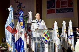 Ministro de Educación, Antonio Peña Mirabal.