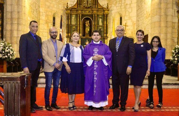 Acroarte celebra 36 aniversario con una oración por la unidad del gremio