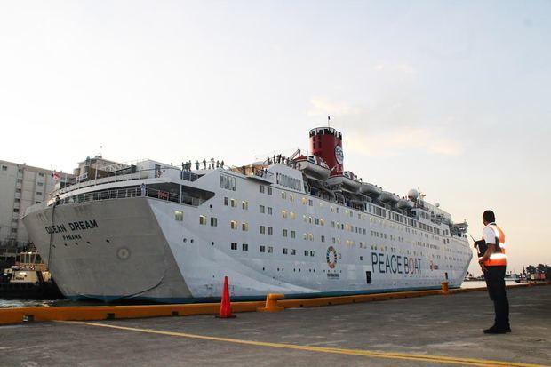 Más de mil turistas visitan Santo Domingo en inicio de temporada de cruceros