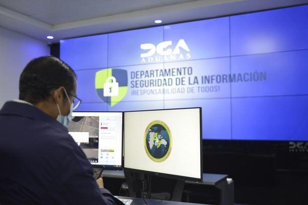 Aduanas Inaugura Centro Operaciones de Seguridad