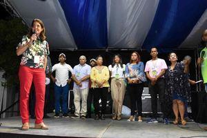 Las palabras de cierre estuvieron a cargo de Ruth Herrera, directora de la Feria del Libro y la Lectura quien agradeció la participación masiva de la región este.