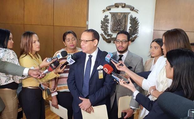 FJT intima a la JCE por violación a la cuota de género en los partidos políticos