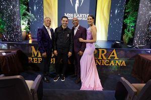 Andradis López, Camilo Then, Gustavo Hernández e Irina Peguero.