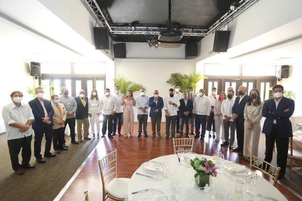 Ulises Rodríguez urge a diputados a aprobar contratos que permitirán el traslado industrias al parque DISDO