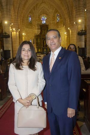 Rebeca Meléndez y Rienzi Pared Pérez.