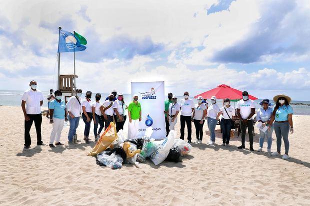 Fundación Propagas realiza jornada de limpieza de playas y riberas de ríos