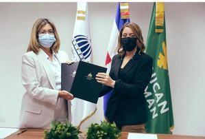 Dominican Watchman firma convenio con el programa Supérate.