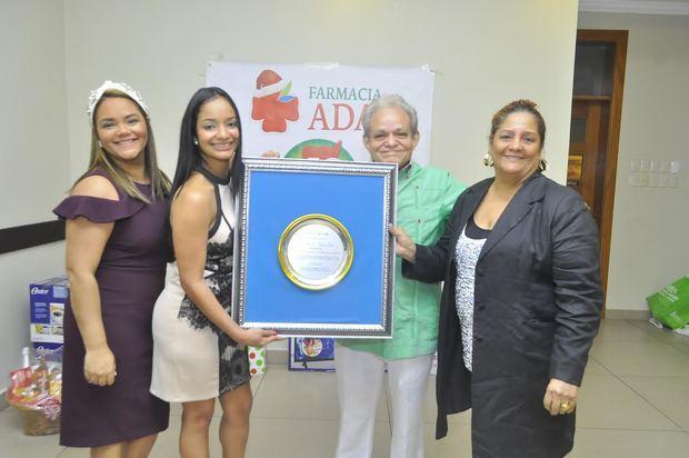 Farmacia ADA celebró su 40 aniversario