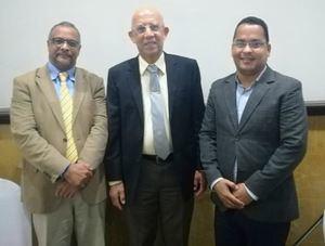 Manuel Rodríguez (Director Salud News), Dr.Sergio Díaz (Miembro de la ADAT) y Juandy Gómez (Director de Diario de Salud).