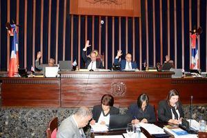 El Senado aprueba en primera lectura proyecto reduce ganancias de las AFP.