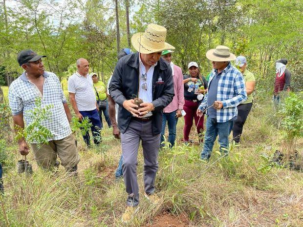 Desarrollo Fronterizo realiza jornada de reforestación para contribuir a preservar el medio ambiente