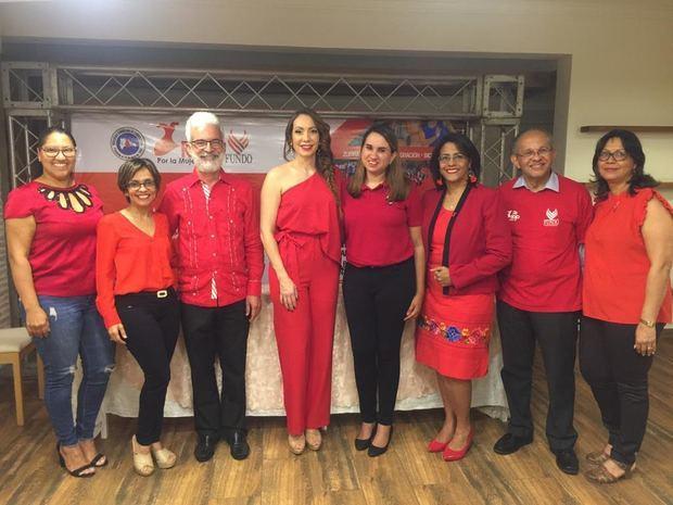 """Miembros de la Fundación Dominicana de Obesidad y Prevención Cardiovascular, Inc. (FUNDO) y el Capítulo Norte de la Sociedad Dominicana de Cardiología dieron a conocer los detalles de las actividades a desarrollar en la campaña """"De Rojo Por la Mujer 2020""""."""