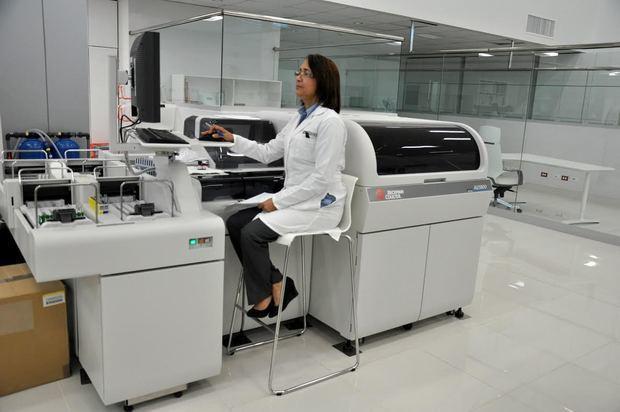 Salud Pública autoriza a Referencia Laboratorio Clínico para pruebas detección del COVID-19