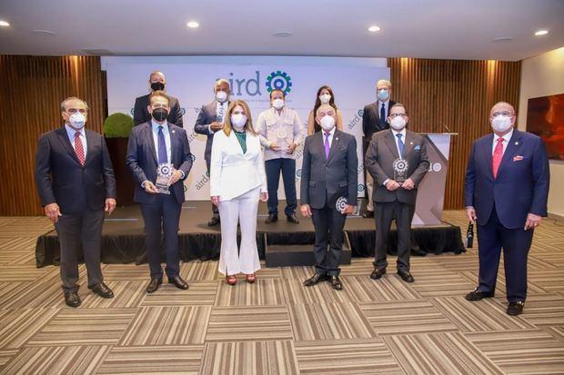 AIRD reconoce labor de legisladores y entrega premio GAB