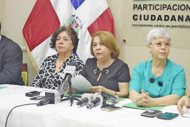 Miriam Díaz Santana, Sonia Díaz Inoa y Melba Barnett.