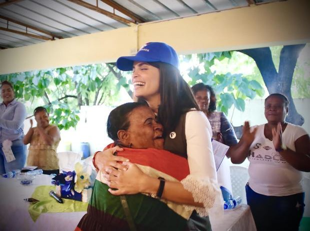 Judith Cury y CREHANA abren puertas a educación internacional para mujeres dominicanas