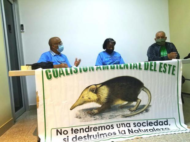 Organizaciones ambientalistas de la región Este solicitan al presidente Abinader desestimar contrato con empresa Apache