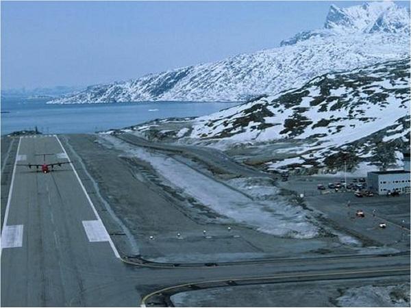 Groenlandia impulsa polémico plan aeroportuario para atraer turismo al Ártico