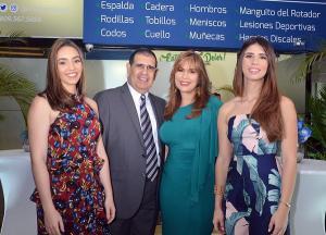 Thais Cobian-Juan Carlos Vargas-Patricia Camilo-Susana Vargas
