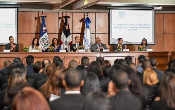 Procuraduría presenta 267 aspirantes a ser fiscalizadores