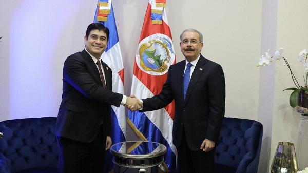 Alvarado y Medina evalúan agenda bilateral y reformas al SICA