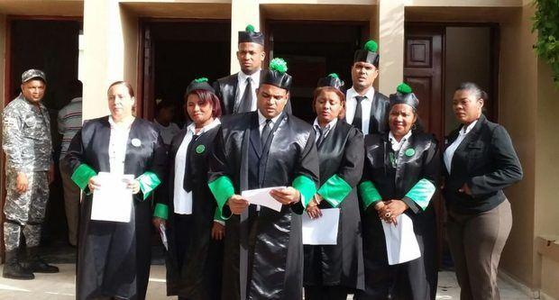 Defensores Públicos convocan paro nacional en reclamación de salarios atrasados