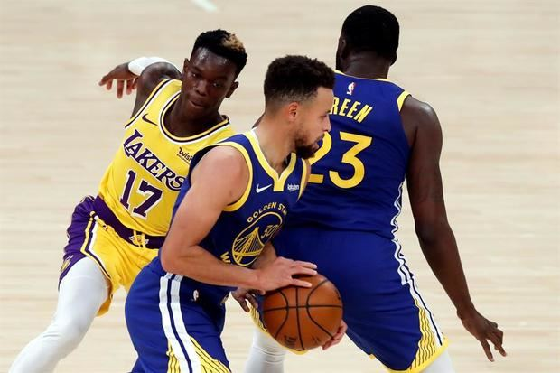 Curry se impone a James y los Warriors sorprenden a los Lakers.