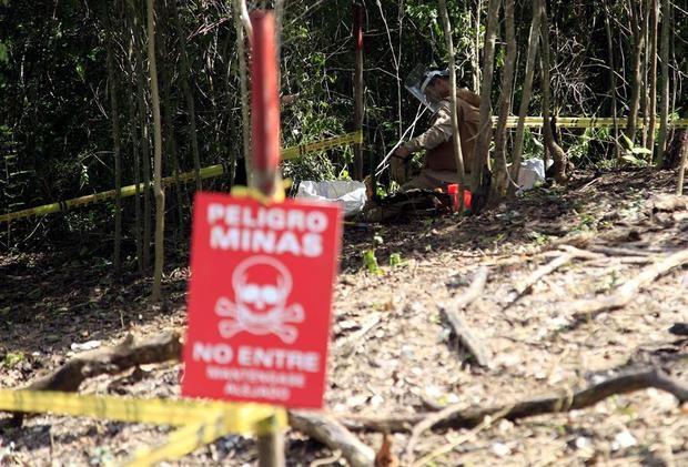 A través de un comunicado, Venezuela denunció que grupos armados irregulares, que asegura provienen de Colombia y a los que acusó de ataques contra instalaciones del Estado, han sembrado minas antipersonales en el estado de Apure.