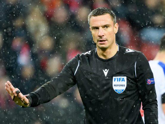 Árbitro esloveno Slavko Vincic, con un histórico de 40 participaciones en juegos de la Champions League y la Eurocopa.