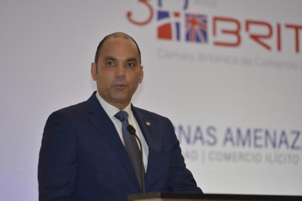 Corporaciones cigarrilleras extranjeras resaltan acciones Aduanas RD en lucha contra ilícitos